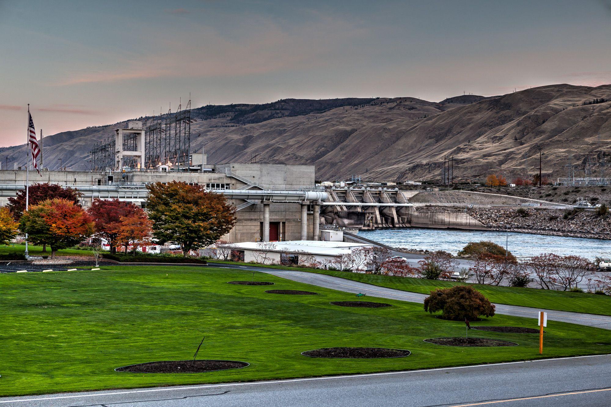 Rocky Reach Dam Challenge – GeoTrail