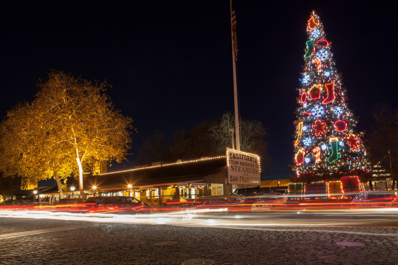 Christmas Tree in Old Sacramento