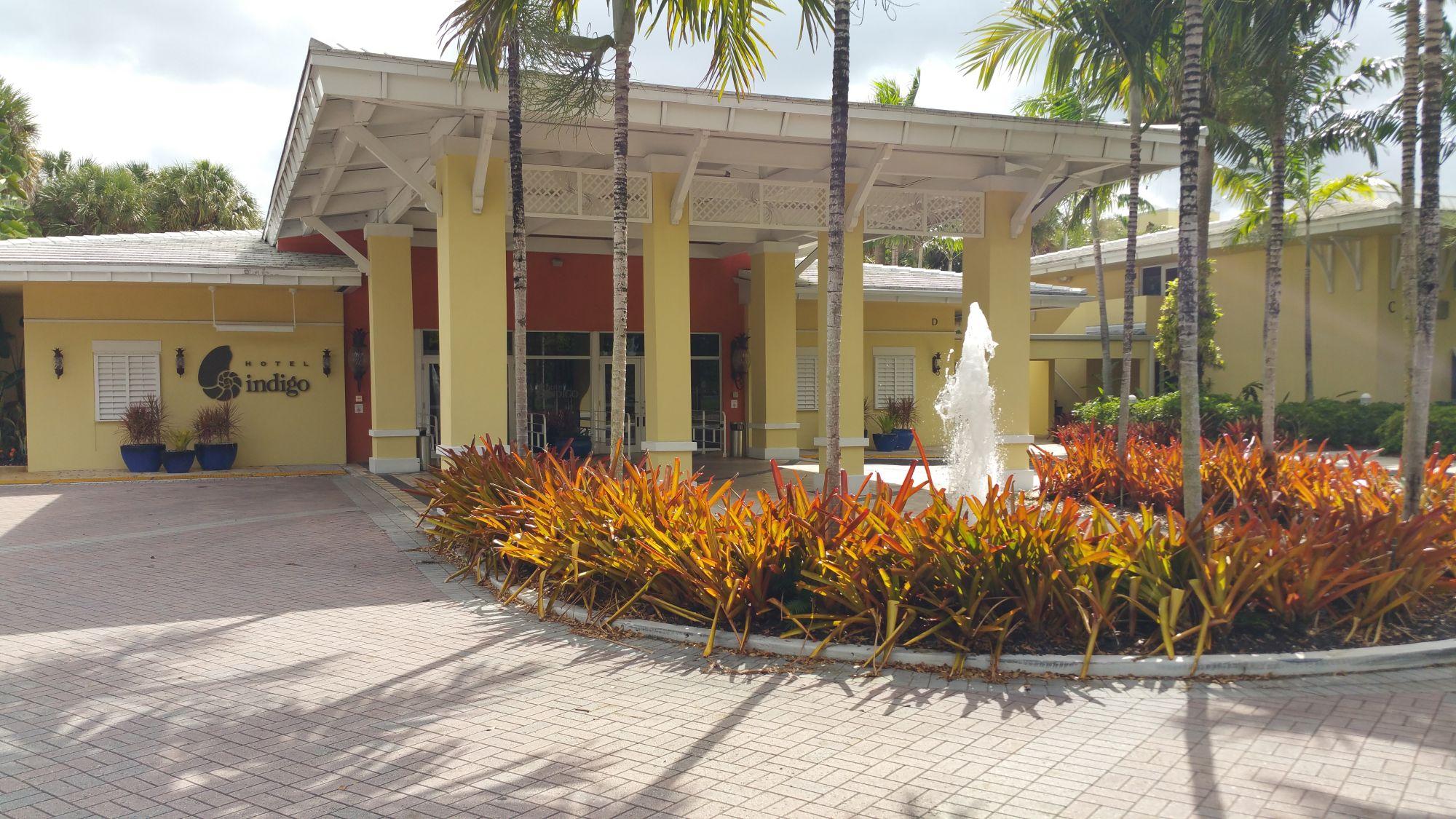 Hotel Review: Hotel Indigo Miami Lakes
