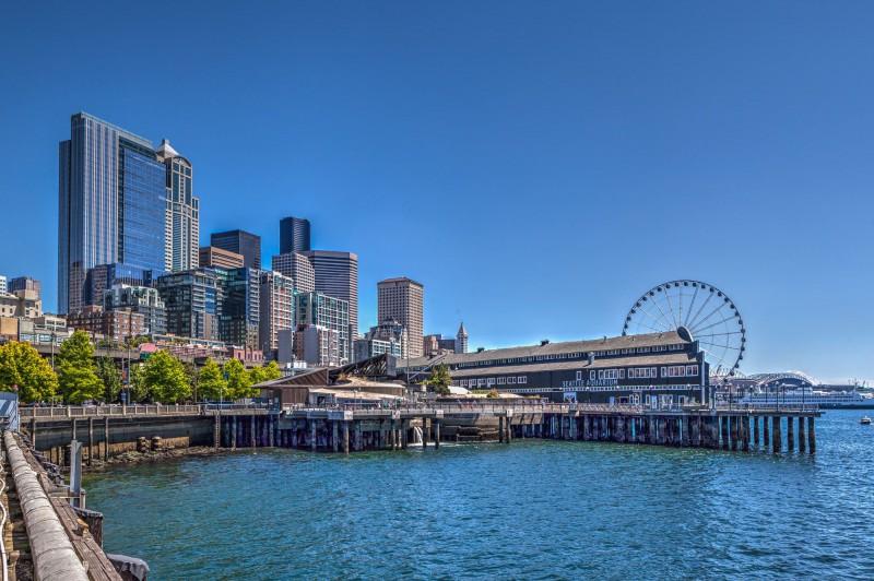 Seattle Aquarium and Great Wheel