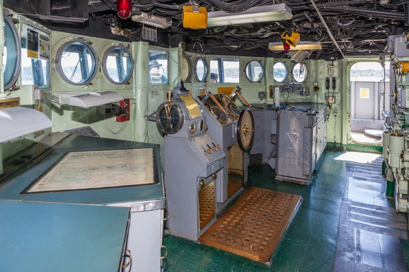 USS Turner Joy DD-951 Bridge