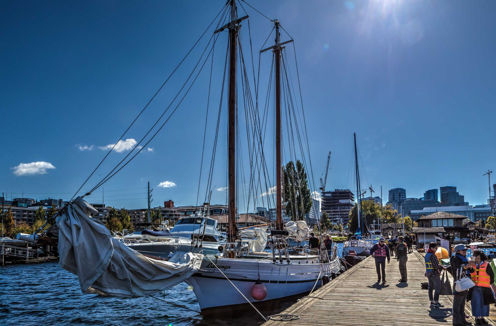 Take a free sailing trip on Lake Union in Seattle