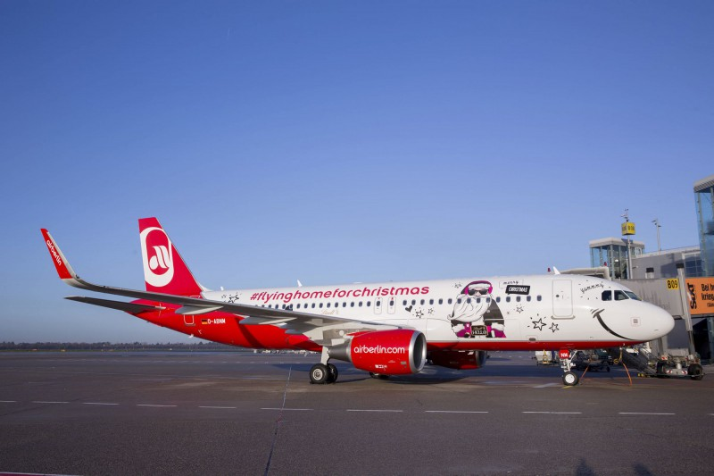 Airberlin Christmas Flyer in Düsseldor (DUS). Photo by www.fotografie-wiese.de