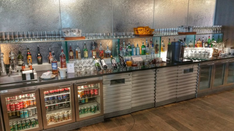 "big ""mini-bar"""