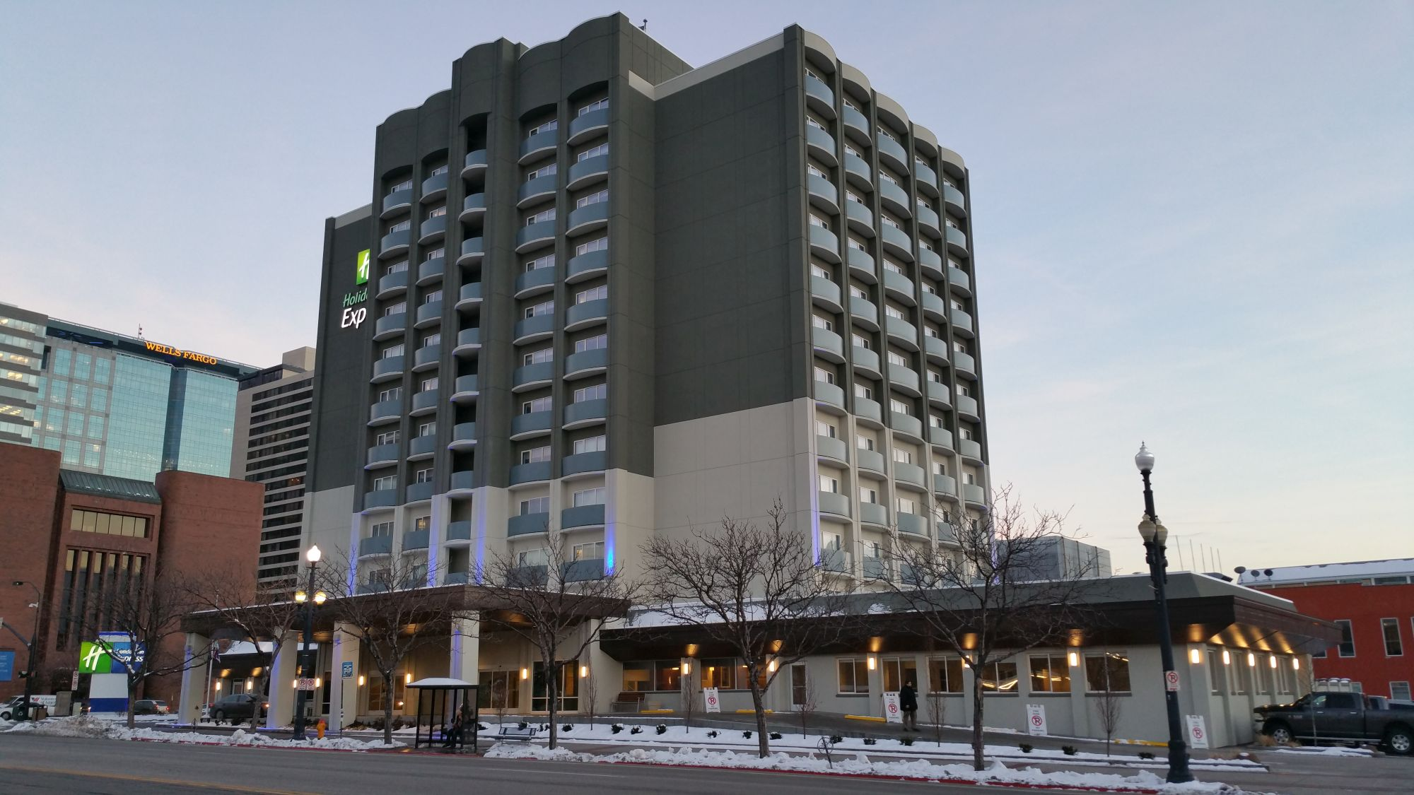 Hotel Review: Holiday Inn Express Salt Lake City Downtown