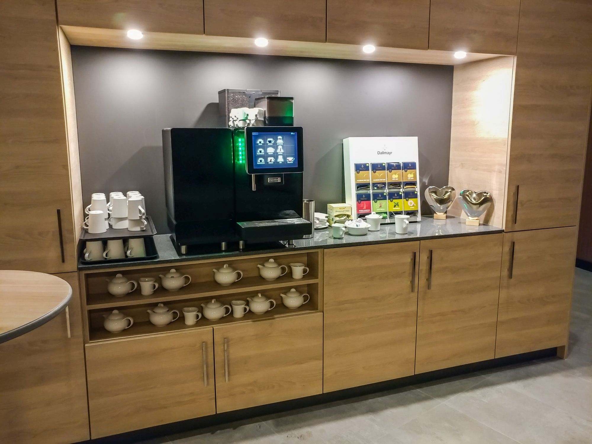 Hotel Review Holiday Inn Frankfurt Airport Executive