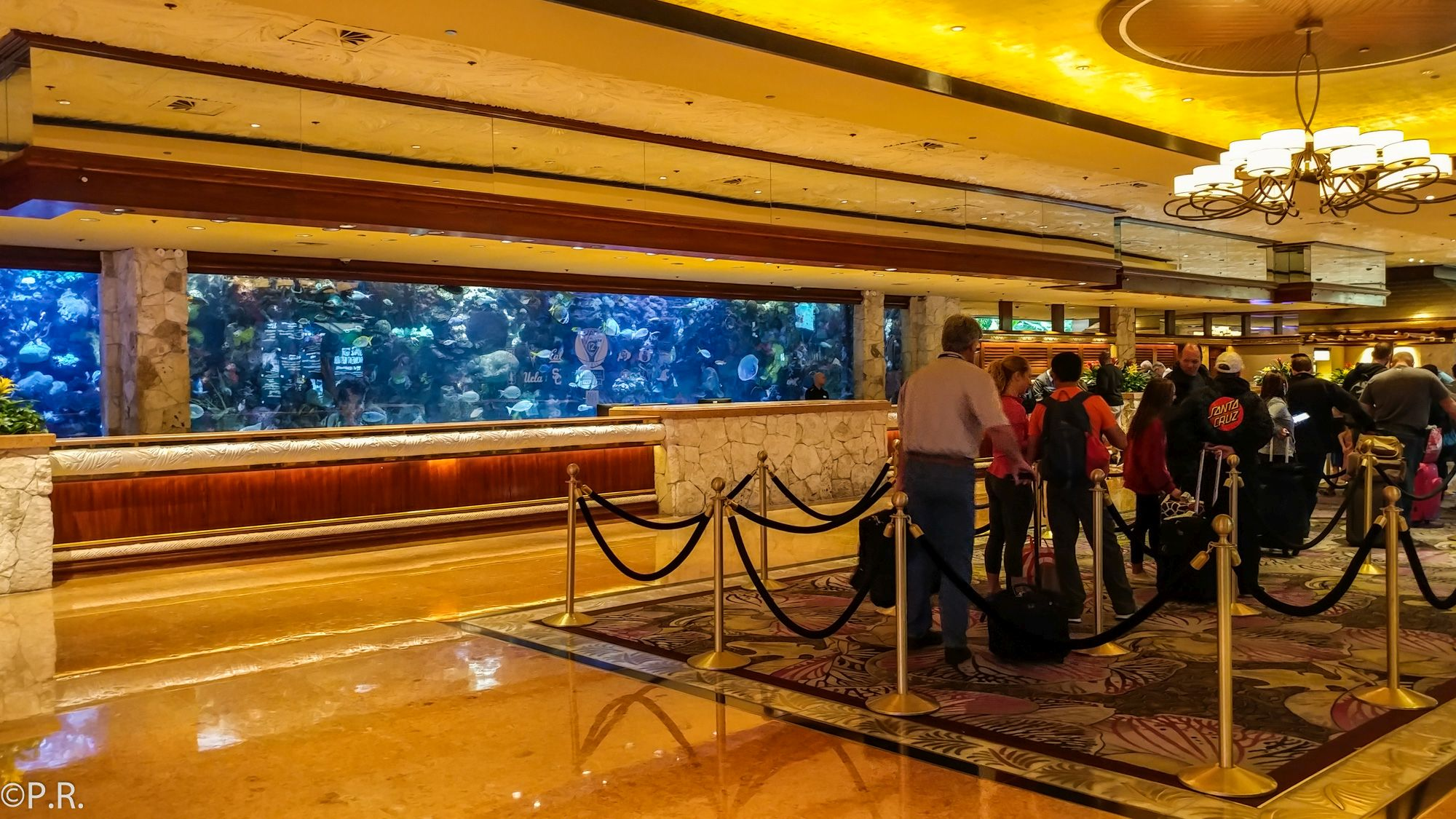 Hotel Review: The Mirage - Hotel and Casino - Gate to Adventures