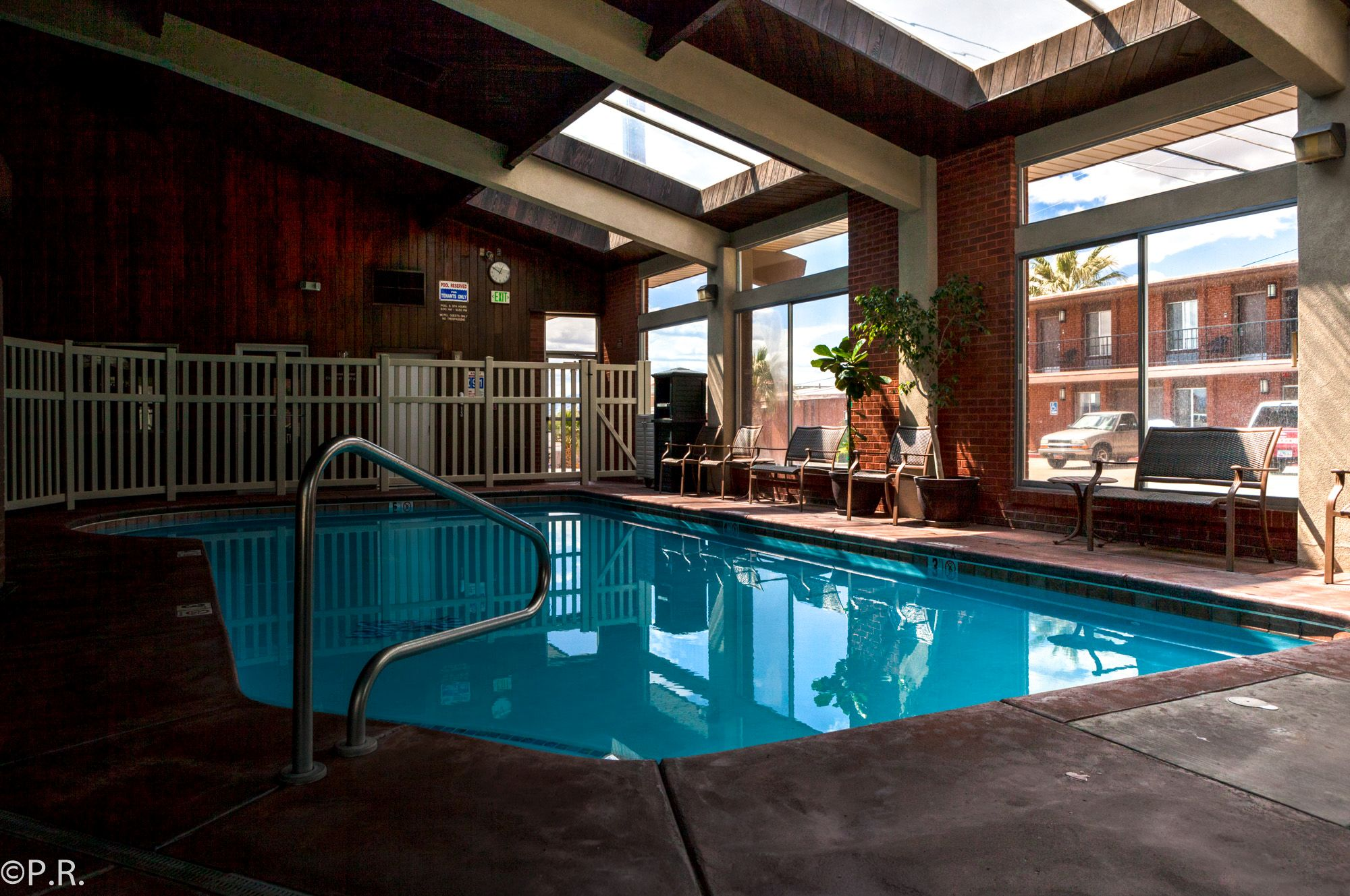 Hotel review best western coral hills in st george ut for Indoor pools in utah