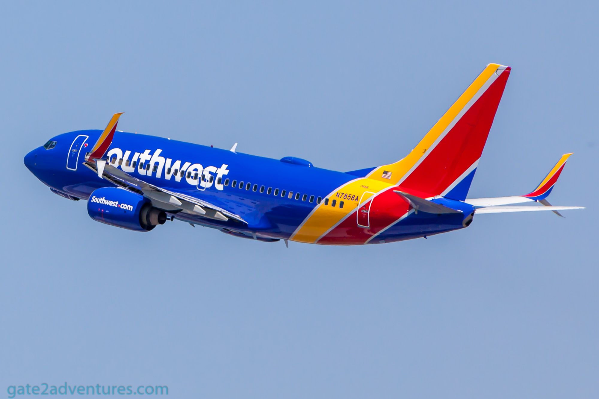 Silvercar Los Angeles >> Southwest Boeing 737-700 - Gate to Adventures