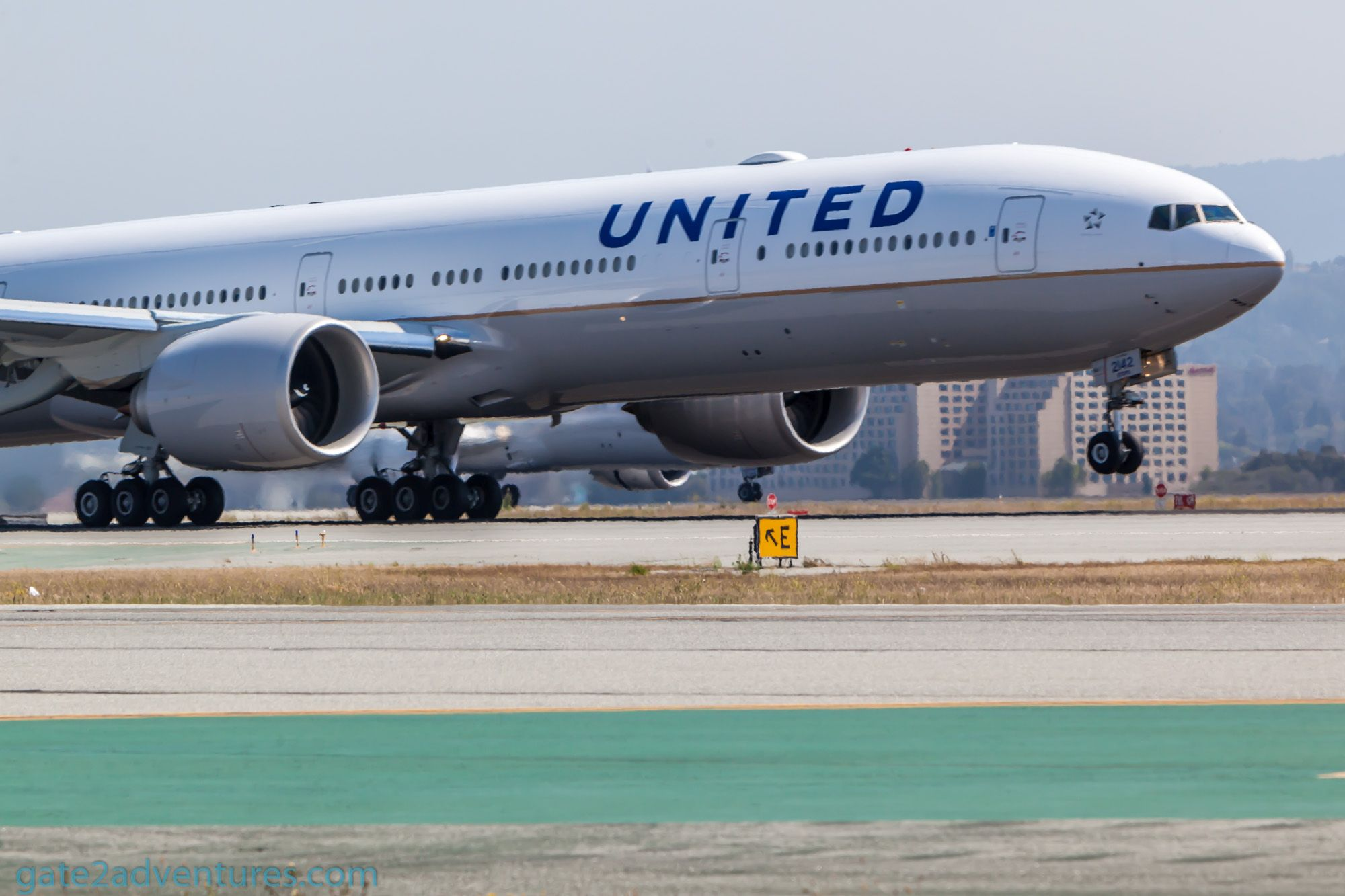 Earn Bonus Miles with United Mile Play