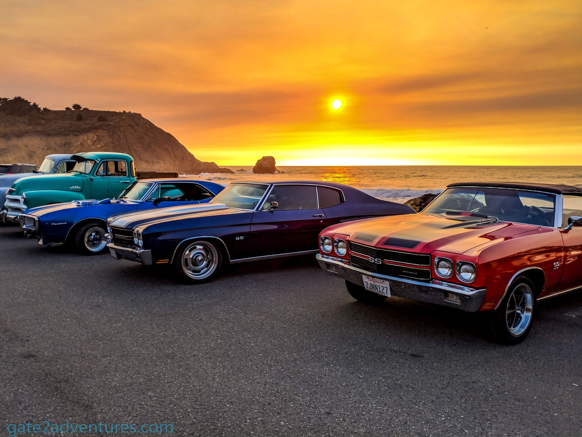 Photo of the Week: Classic Cars in Pacifica