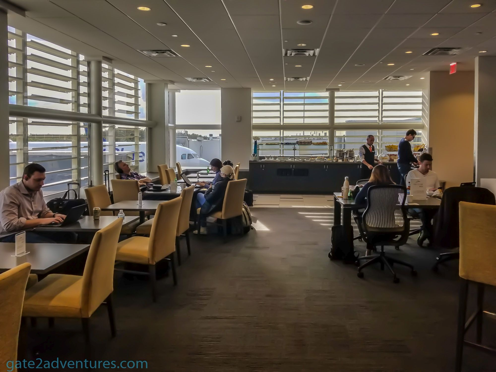 Lounge Review: The Club Orlando International Airport (MCO) Terminal B