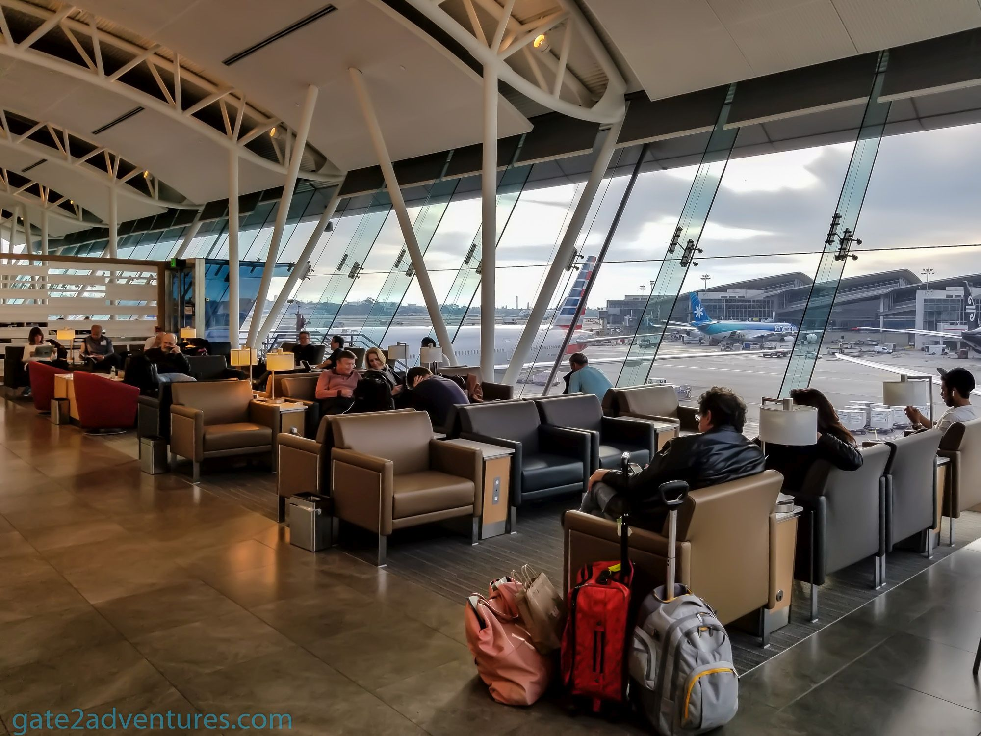 American Airlines Flagship Lounge Los Angeles (LAX) - Terminal 4