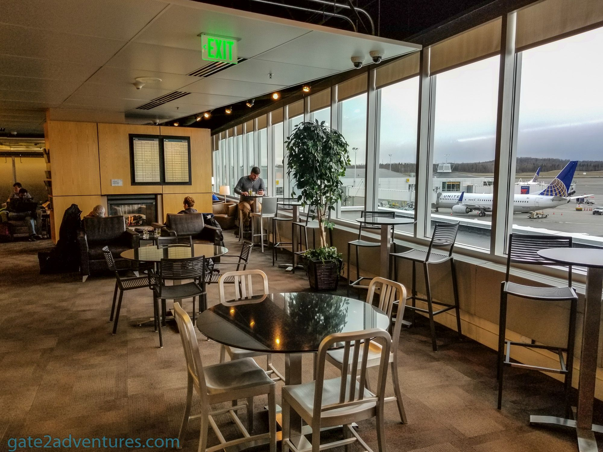 Lounge Review Alaska Airlines Lounge Anchorage Ak Gate