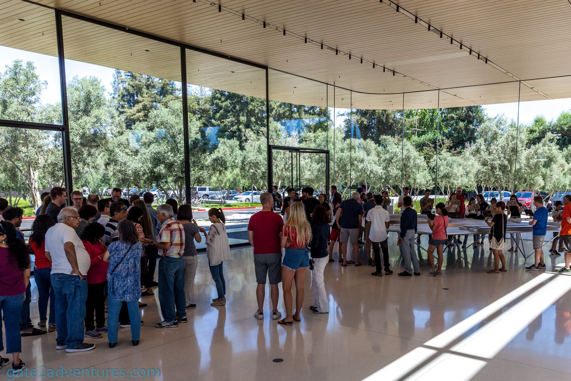 The Apple Park Visitor Center - Gate to Adventures