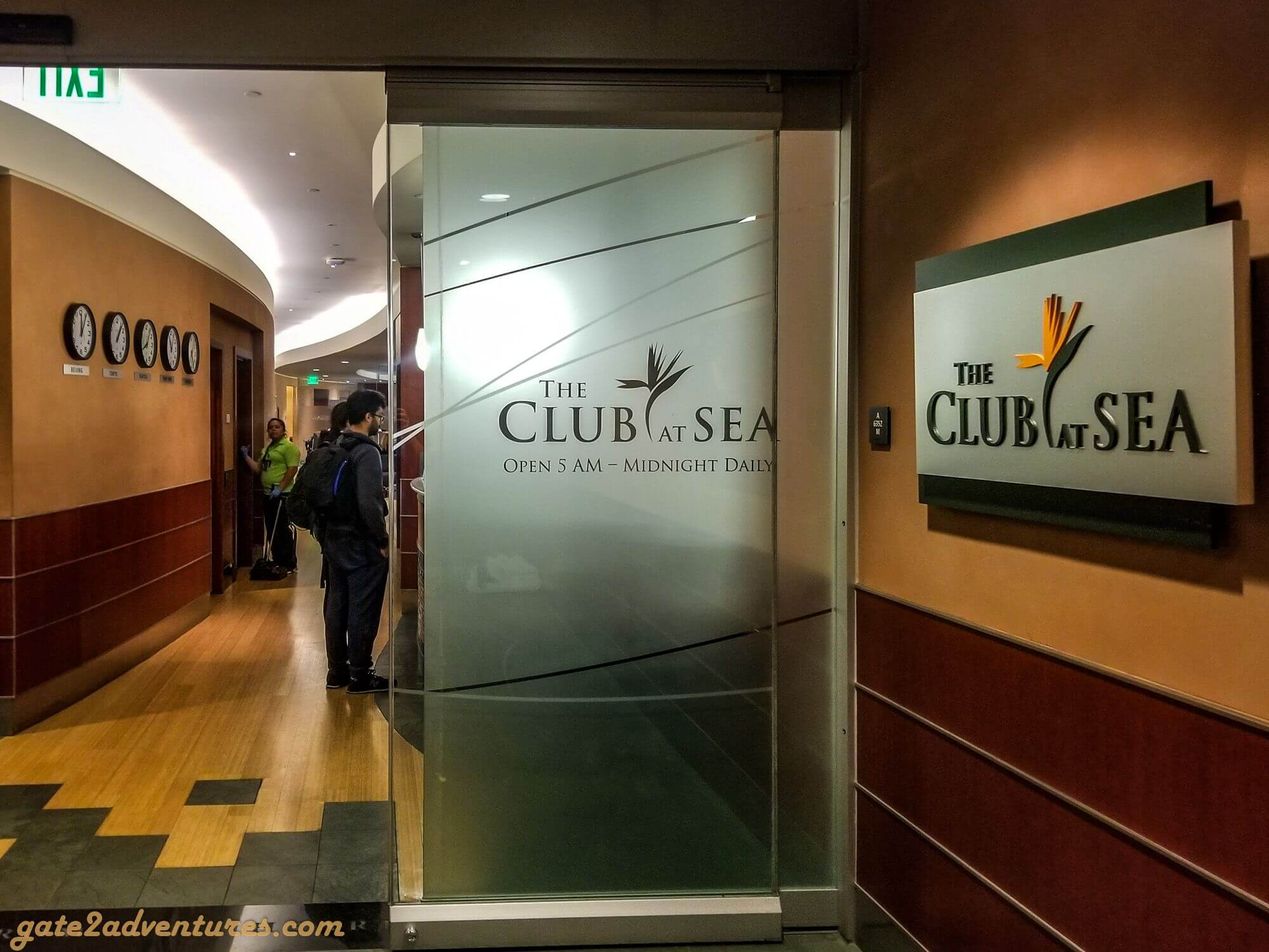 The Club at SEA (Concourse A)