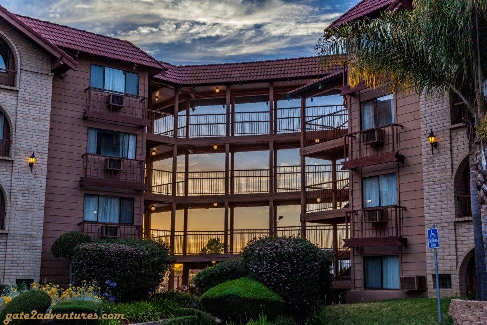 Surestay Plus Hotel By Best Western Gate To Adventures