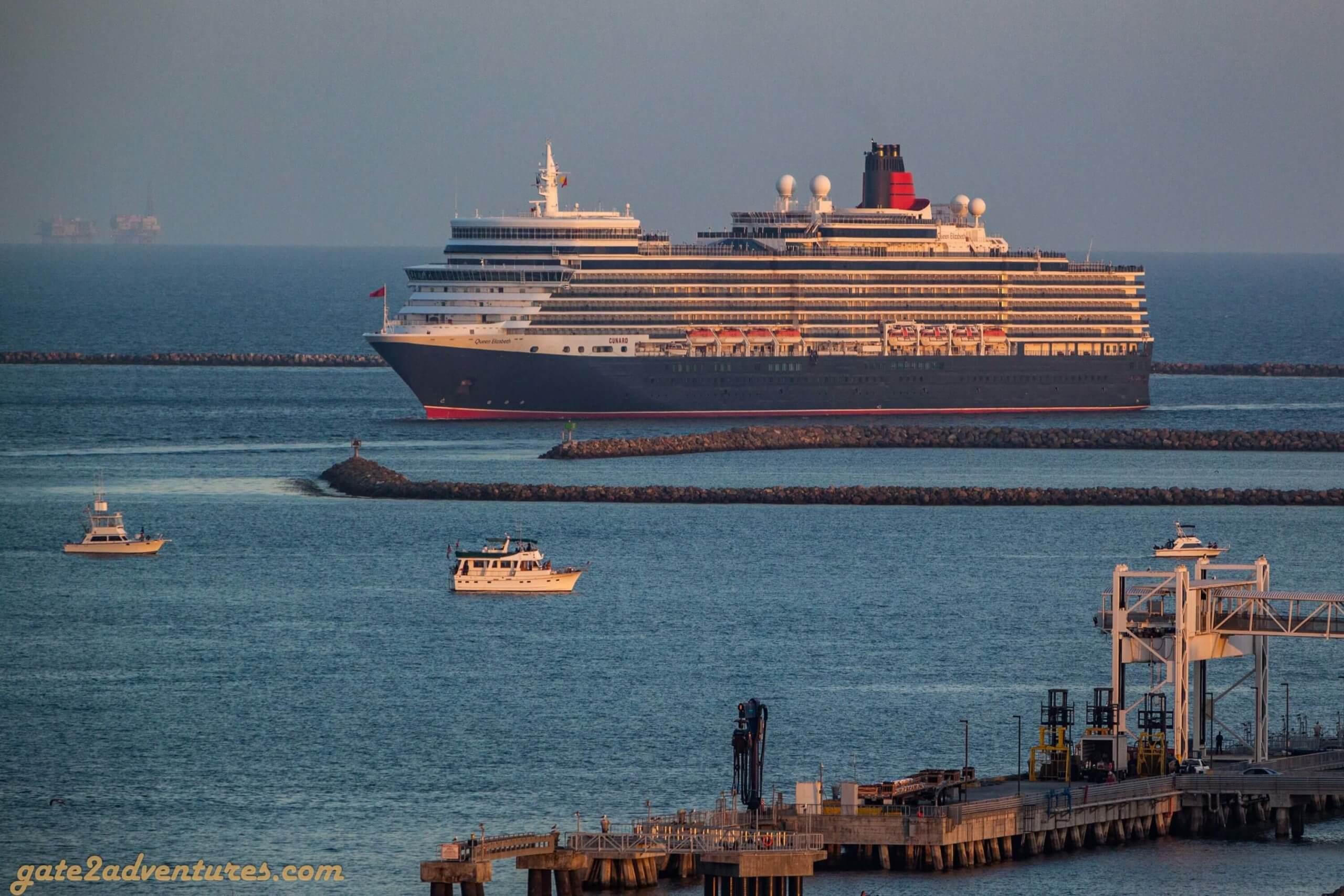 Queen Elizabeth approaching Queen Mary