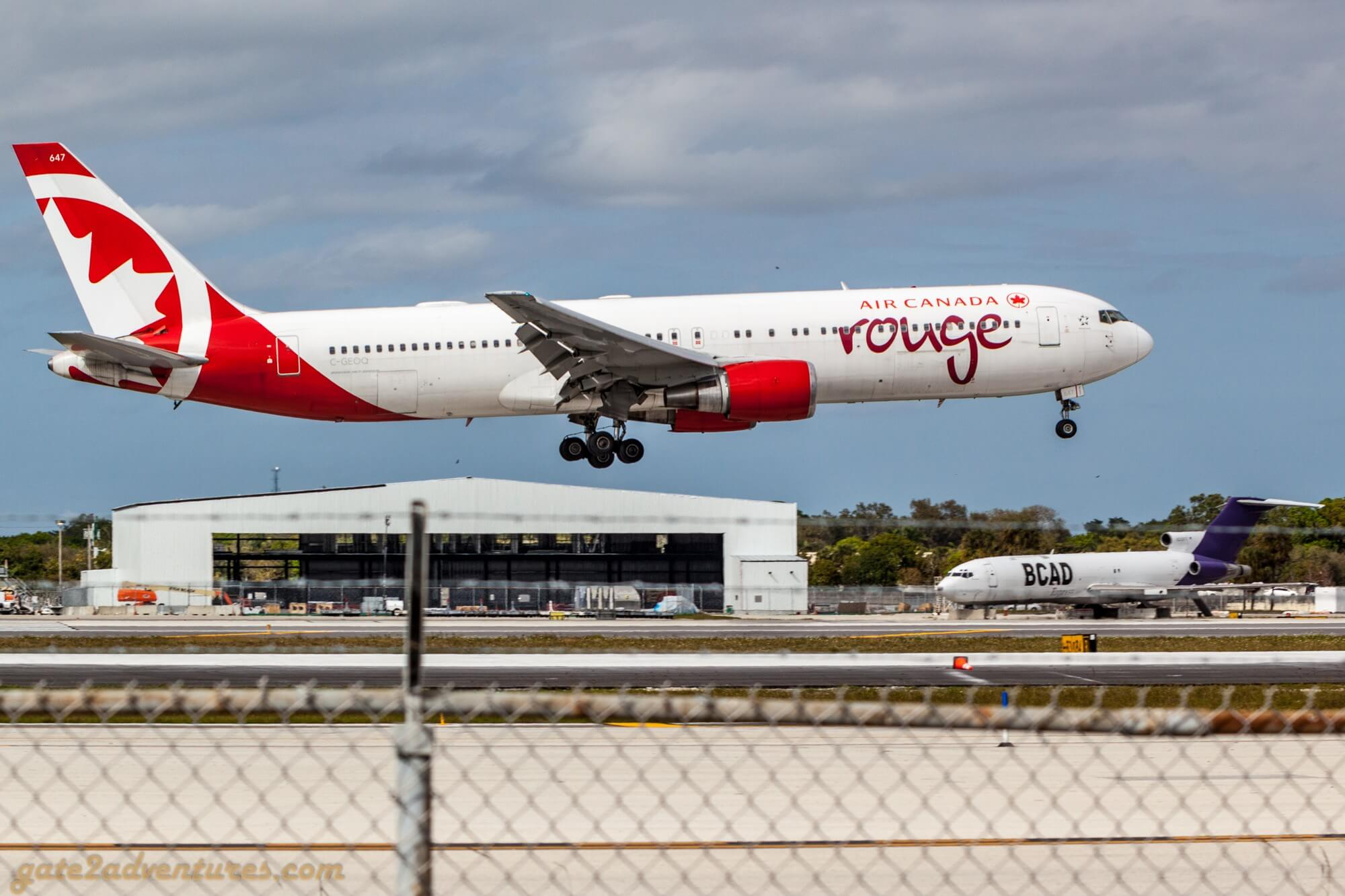 Air Canada Rouge Boeing 767-375(ER)