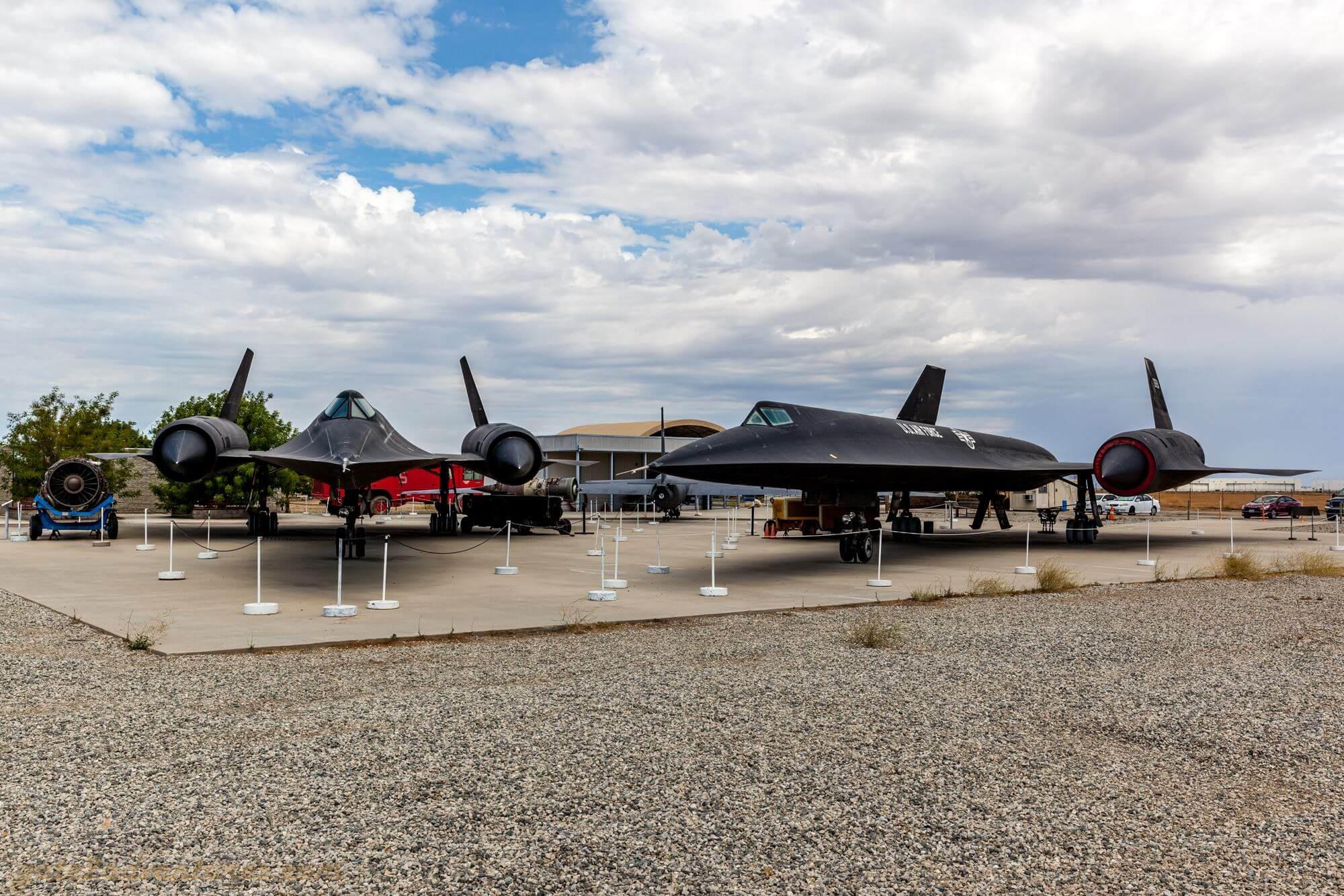 SR-71 and A-12 Blackbird